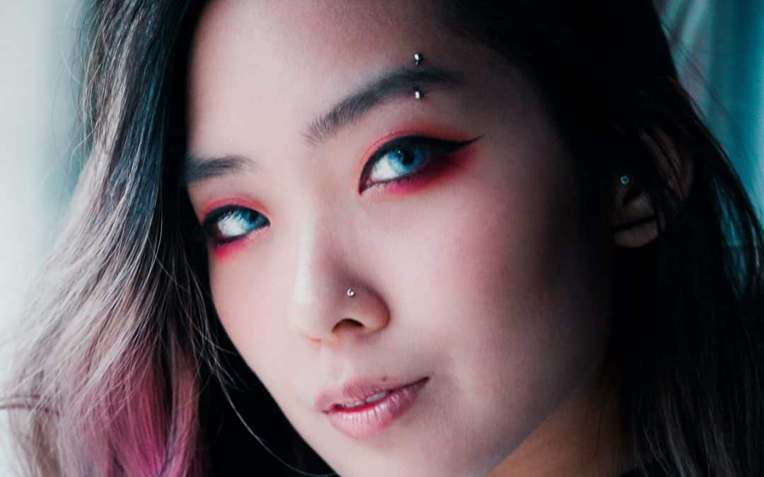 Amazing Ways to Select the Best Colored Contacts